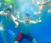 Baño refrescante en el mar de Alicante