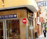 Fachada del Hotel San Remo en Alicante