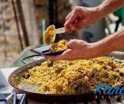 Paella de arroz en una despedida en Alicante