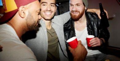 cerveza y musica con amigos